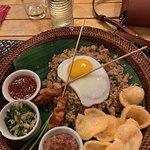 Foto The Paon Internasional Restaurant