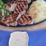 Foto de Lotus Steak House & Cocktail Bar
