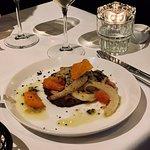 Vlees voorgerecht: Porchetta met bloedsinaasappel, venkel en citroentijm