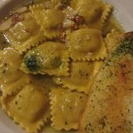 Pago's Pizzeria & Italian Cuisine照片