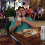 cerveza y pizza