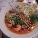 中部のワンフォー。これはベトナム中部の麺料理だという。
