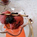 Dessert Sorbet mit Vielle Prünne