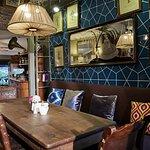 صورة فوتوغرافية لـ Cihangir Faik Pasha Cafe