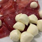 mozzarella cheese and slice ham
