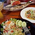 ภาพถ่ายของ Happy Restaurant