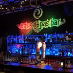 Oasis Tapas Bar照片