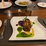 ภาพถ่ายของ Square Restaurant and Lounge
