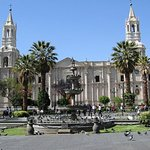 Half-Day Arequipa City Tour with Art Historian Tour Guide