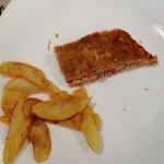 Cachopo tradicional con patatas.