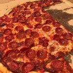 Фотография Padovas Pizza