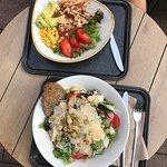 Salat und Bowl