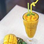 Mango passion ផ្លែស្វាយស្រស់ លាយជាមួយផ្លែ ប៉ាស្សងនិងរូបមន្តផ្សំគ្រឿងពិសេសរបស់ Vitking House
