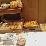 敘日全日餐廳-台北六福萬怡酒店照片