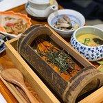 饅魚竹筒飯