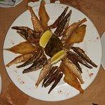 Palaya, salmonete y boqueron frito. Delicioso!