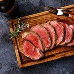 ภาพถ่ายของ ให้ Meat Bar & Grill