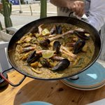 Paella de marisco y verdura
