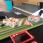 Hot maki de tempura y Akemi. Buenisimos los dos. 100% recomendados.