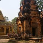 Cena a la luz de la luna y narración de cuentos en el templo de la era de Angkor