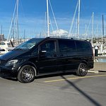 Private Auckland City to Auckland Airport Transfer for up to 5 passengers