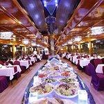 Dubai Creek 2-Hour Romantic Dinner Cruise