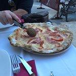 Pizza Strabuona.