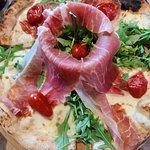 Capperi premium pizza