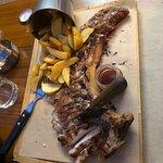 Φωτογραφία: Charcoal Steak Bar