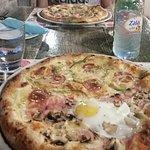 Pizzerija Atrij Foto