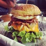 ภาพถ่ายของ Burger Me