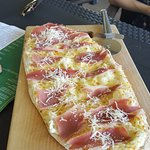 Pinsa with 3 type of cheese and prosciutto