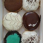 ภาพถ่ายของ J Co Donuts & Coffee