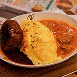 濃茄牛肉 + 和牛漢堡蛋包飯