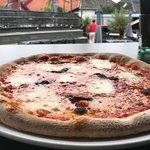 Stort uteområde og knallbra pizza