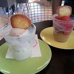 Glace vanille, chataigne et sorbet framboise café