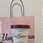 תמונה מVan Leeuwen Artisan Ice Cream