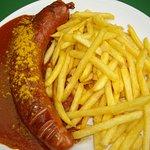 Currywurst für fasr nen Zehner..