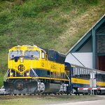 Glacier Cruise and Rail from Anchorage
