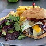 Der Super Burger!!! Einfach lecker und alles hausgemacht.