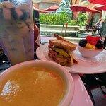 Фотография Jane's Cafe