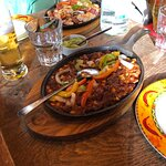 Borritos Tex mex. und chili con carne.........