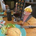 صورة فوتوغرافية لـ De Lunch
