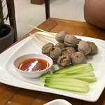 Grilled Beef Balls (65.-)