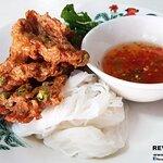 ภาพถ่ายของ ขนมจีนทอดมัน ท่งเชียง