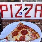 Foto de Antonio's Original Pizza