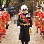 Early Access to Tower of London and Behind the Scenes at St Paul's Cathedral