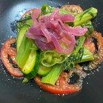 """""""verdure saltate"""", preparate al momento, presentazione accurata."""