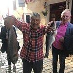 ...Zoki und Bodo Menze mit dem Tagesfischfang...