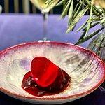 Remolacha cocinada en jugo de Ciruelas pasas y Vinagre de Rosas en el restaurante Bagá (Jaén) (1